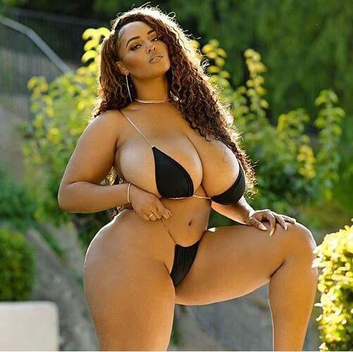is-she-too-big-4t8l3fmsdm-720x716