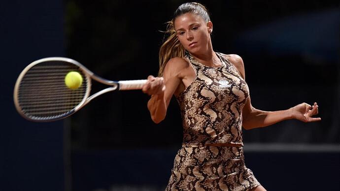camila-giorgi-is-fashion-now-more-important-than-tennis